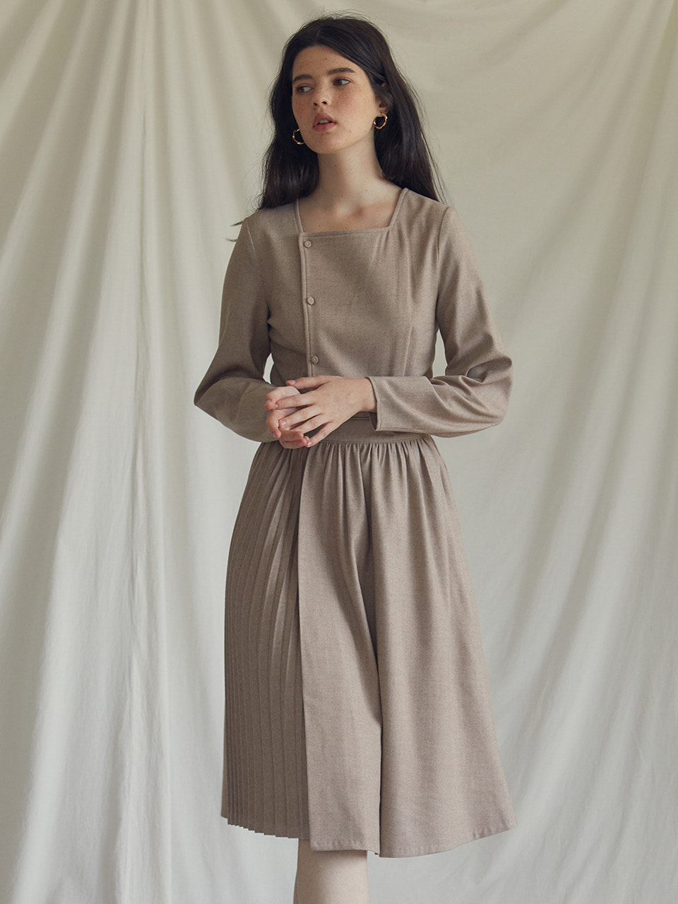 ES PLEAT DRESS(BROWN)