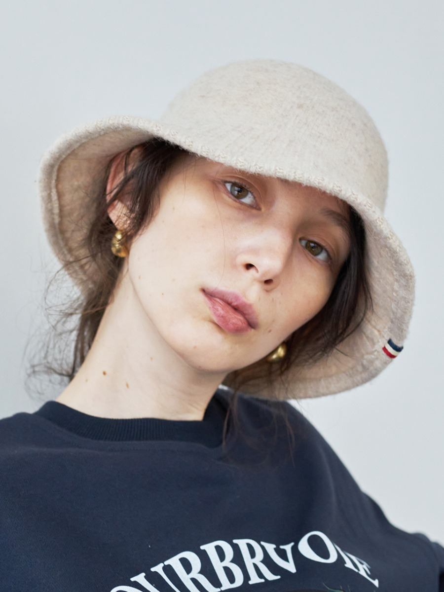 LTG7 WOOL BUCKET HAT(BEIGE)